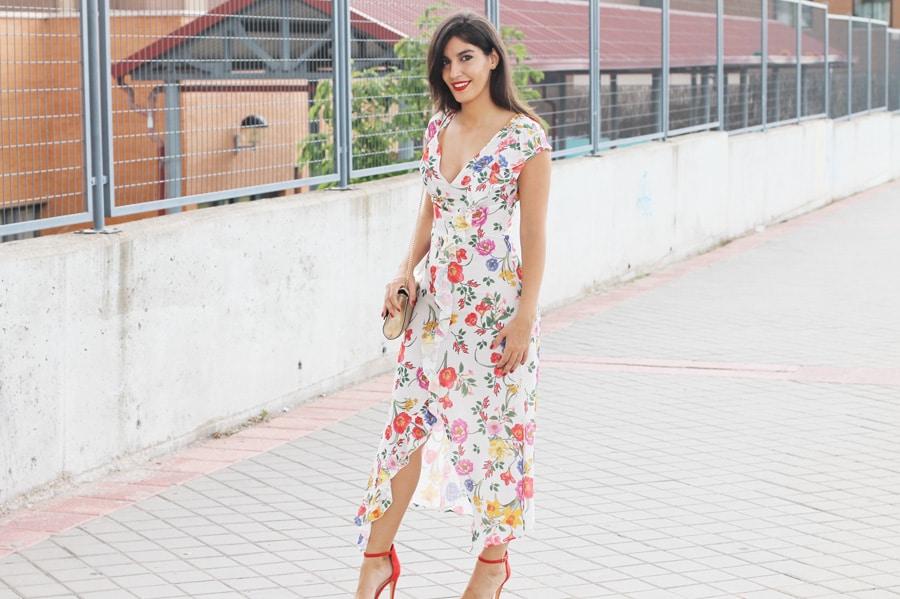 vestido-flores-stradivarius